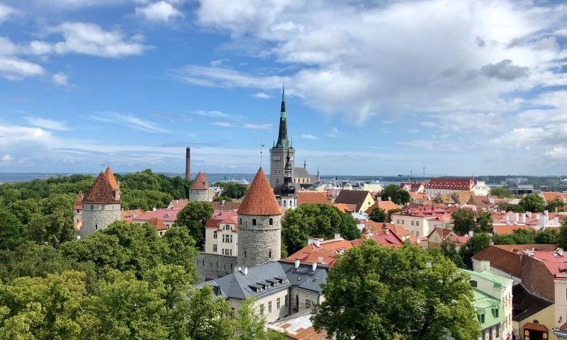Guided cycling in the Baltics: Lithuania – Latvia – Estonia